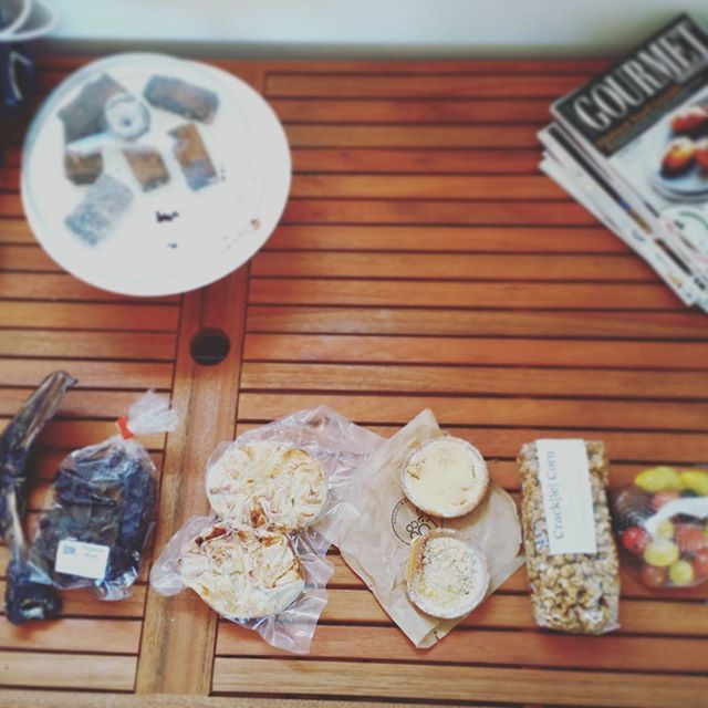 The haul!  Dried kangaroo scapula and hearts for Fran.  Duck pie. Rhubarb + custard tart. Apple + cheesecake tart. Gingerbread popcorn. Mixed tomatoes. For us!