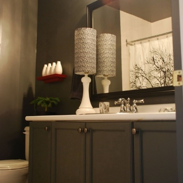 Flat Paint Bathroom: 83 Best Small Bathroom Images On Pinterest