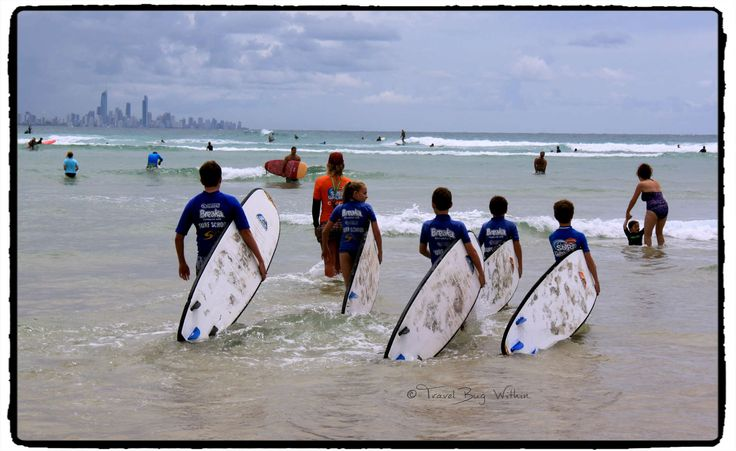 My kids and a friend's kids all try learn to Surf @ Currumbin, Gold Coast