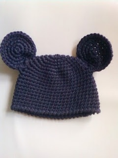 free crochet pattern  @Brigitte Coleman Coleman Coleman Coleman Coleman Coleman Coleman Coleman Farnam for Mickey or Minnie Mouse hat.