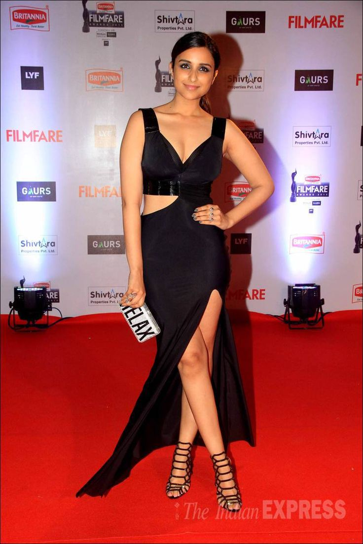 Parineeti Chopra on the red carpet at the Filmfare Awards show. #Bollywood #Fashion #Style #Beauty #Hot #Punjabi #Legs