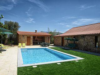 Casa+de+Campo+T8+com+Barbecue+e+Piscina+Privada+++Aluguer de férias em Braga da @homeawaypt