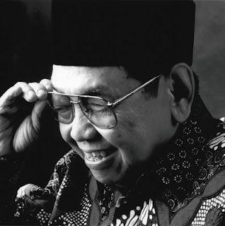 KH Abdurrahmman Wahid (Gus Dur)