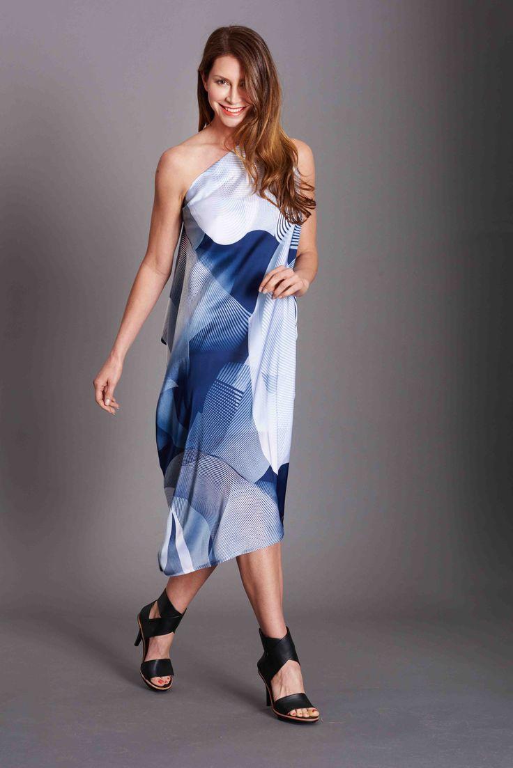 Retro Blue and White Print, Baztan Knee length. Versatile travel essential. Summer Perfection