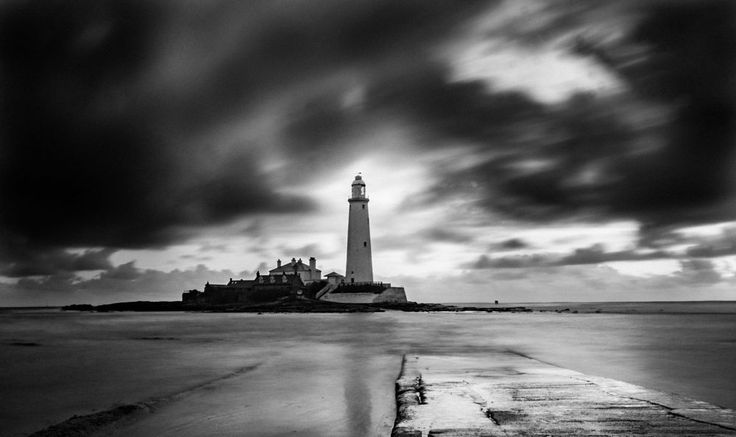 St Marys lighthouse by henners1313