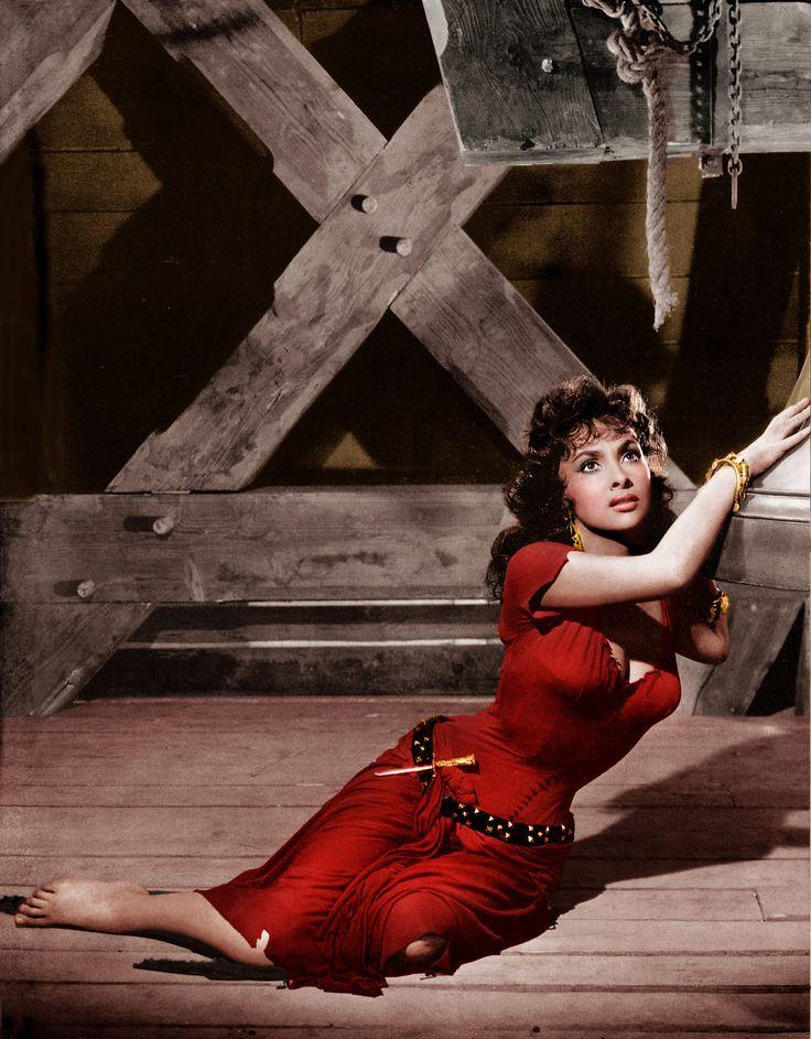 Gina Lollobrigida as Esmeralda, 1956. | Hugo's Notre-Dame ...