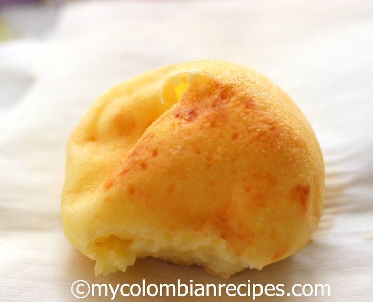 Pandebono (Colombian Cheese bread)