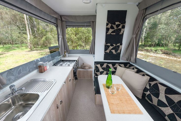 Goldstream Crown Kitchen Seating