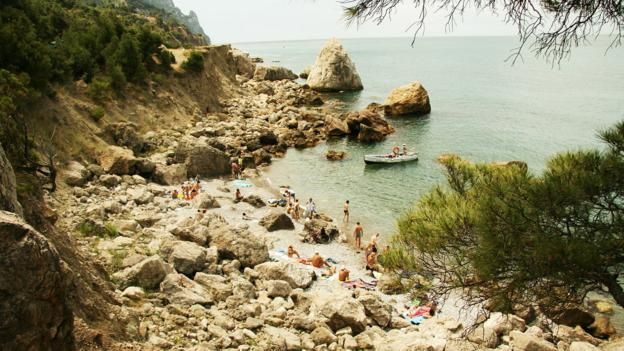 A wild beach in Sevastopol's Balaklava bay on Ukraine's Crimea peninsula. (Yuliya Popova) (Credit: Yuliya Popova)