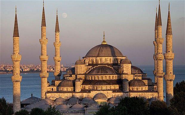 Istanbul, Turkey: Old city, new spirit