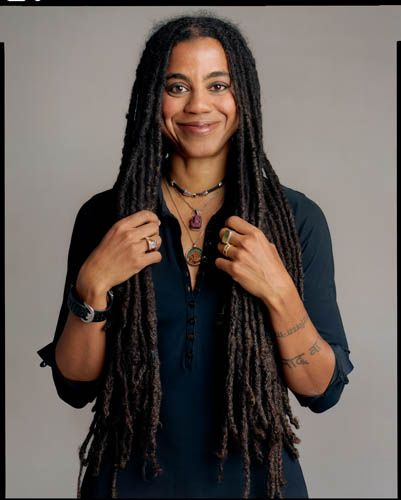 "Suzan-Lori Parks, 2007 by Timothy Greenfield-Sanders the ""Black List"" - Project. // Suzan-Lori Parks (born 1963) is a playwright and writer whose 2001 play Topdog/Underdog won the Pulitzer Prize for Drama. She is also the recipient of a coveted MacArthur Foundation ""genius grant."""