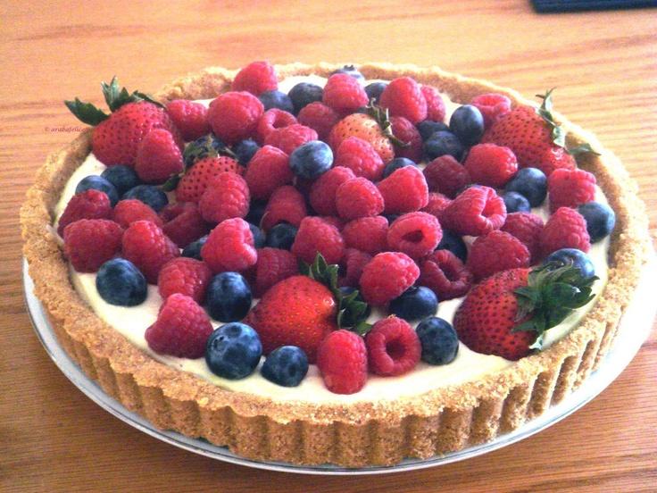 Crostata di frutta con crema al limone, senza cuocere nè crosta nè crema!