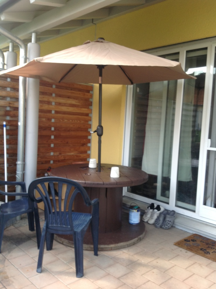 Made This :) Painted Electrical Spool With All Weather Paint To Make Table  Look Nicer