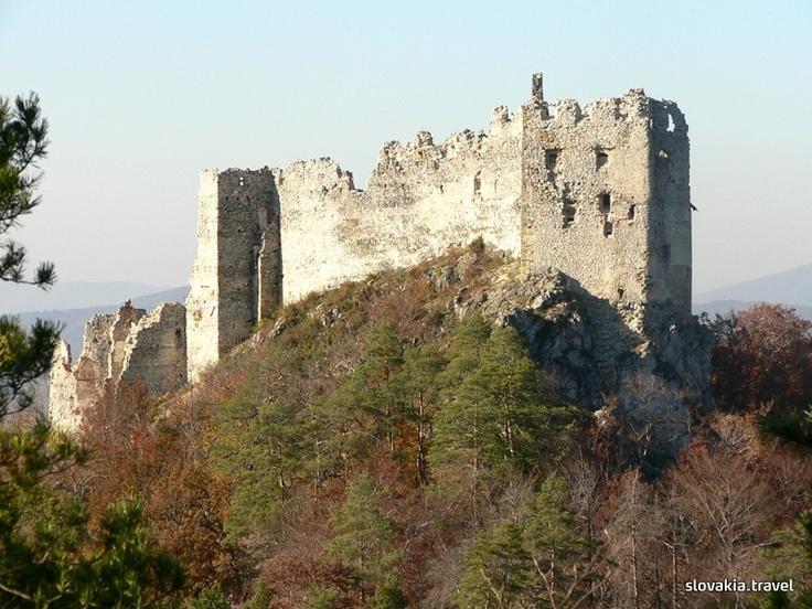 Slovakia, Uhrovec - Castle