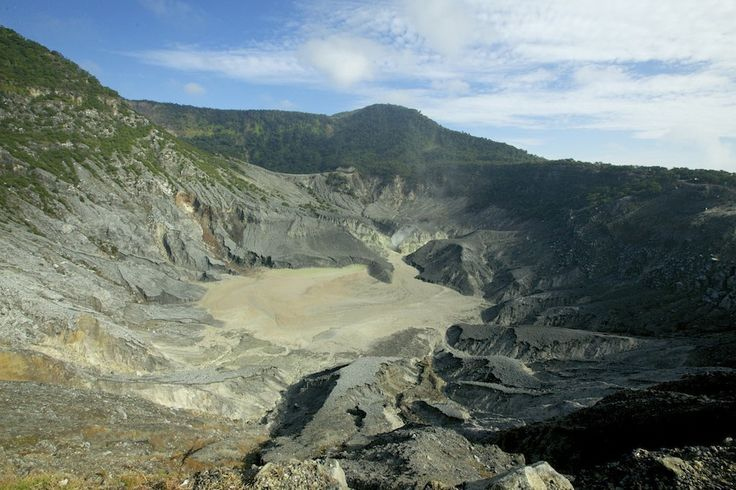Wonderful Indonesia - Marvel at Tangkuban Perahu's Volcanic Crater