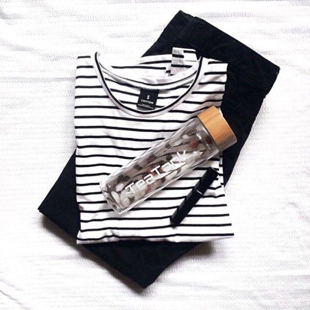 """Stripes via our #BondsStyle blogger @kristykwho - LOVE! #bondsaus #stripes #bondsbasics"""