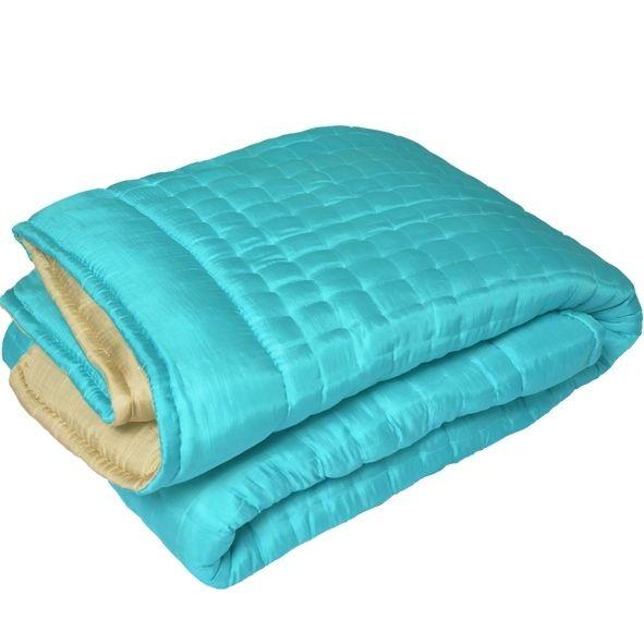http://nuitsdechine.fr/PrestaShop/ Couvre lit en soie turquoise.