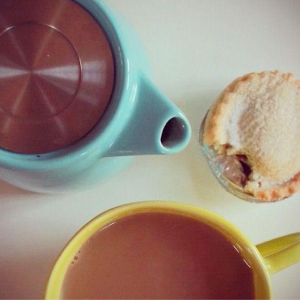 ForLife Stump Teapot & Waterloo Tea | It's Nice Out