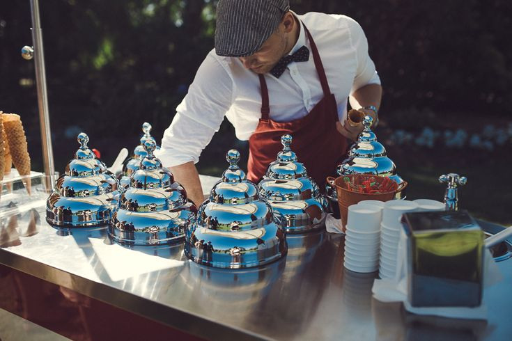 Gelato - Summer Wedding idea for guests ice cream truck van hip quirky Melbourne Australia photographer