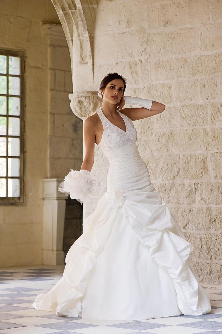 Igen Szalon Tia by Modeca wedding dress - Calcuta #igenszalon #weddingdress #modeca