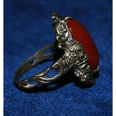 GORGEOUS OLD SILVER (925) RING WITH RED STONE
