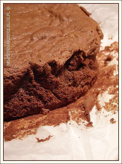 gryczane ciasto z czekoladą i orzechami