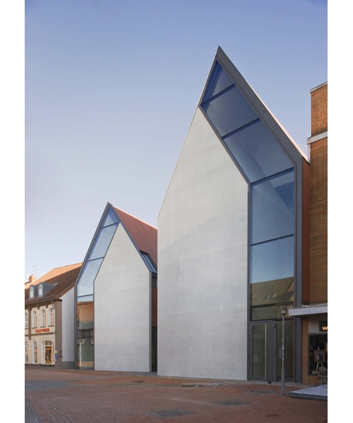 Volksbank Gifhorn by Stephan Braunfels Architects