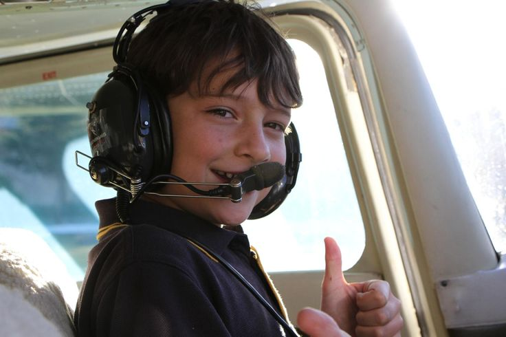 When Ethan Munro told his mum what he wanted for his birthday, she set out to make his dream come true. At the tender age of ten years old, Ethan Learned to Fly!