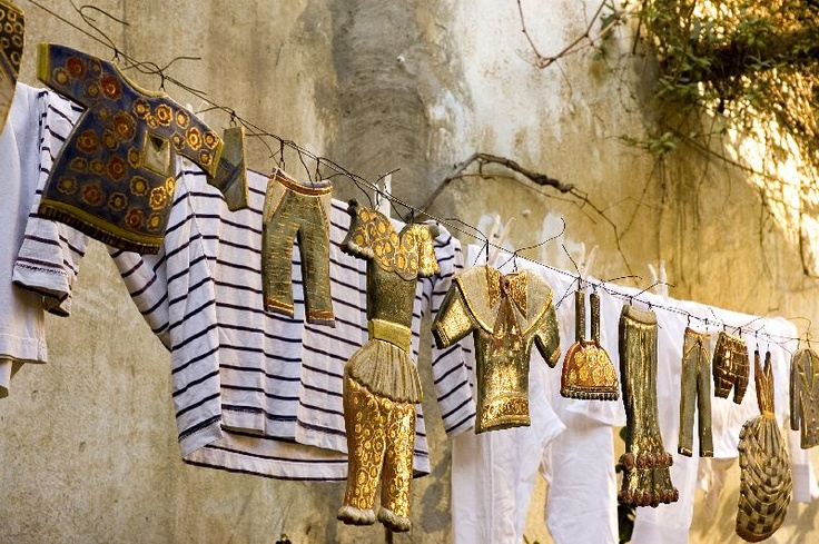 The magic and freshness of hanging laundry...