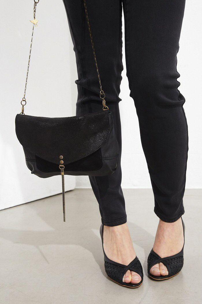 Pochette Letter Pocket cuir noir shiny | Matières à réflexion