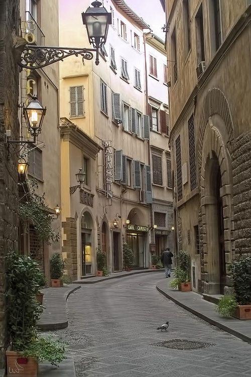 Stunning1 via: bluepueblo:    Narrow Street, Florence, Italy  photo via sarah
