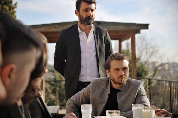 Cukur Dizisi 23 Mart Pazartesi Var Mi Yok Mu Yeni Bolum Ne Zaman Tv Dizileri Fotograf Martini