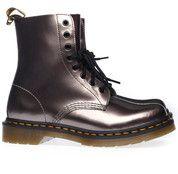 Zilveren Dr. Martens boots 15672651 enkelaarsjes #drmartens #boots #laarzen #schoenen #shoes #online #shopping #mooieschoenen #follow