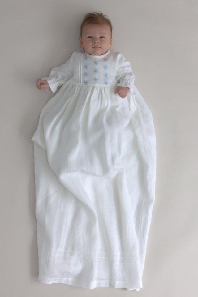 Dåpskjoler, Dåpskjole, Dåpsklær  (Christening Gowns, Christening Gown, Christening Wear) >> Dåpskjoler --> www.oliprik.no/daapsklaer/daapskjoler