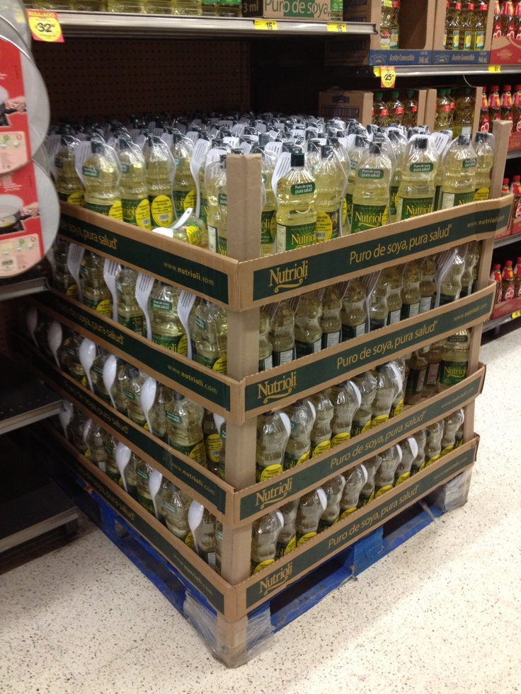 Cooking Olive Oil Cardboard Display On Pallet Packaging