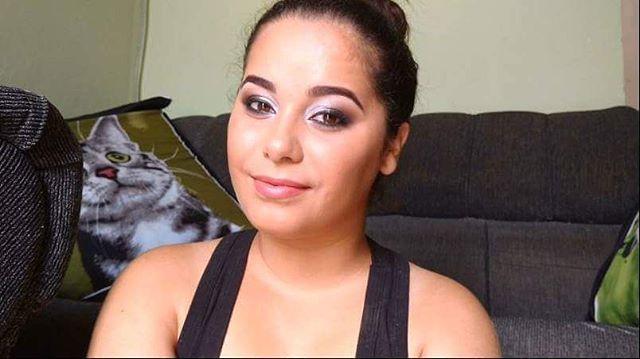Bom diiiaaaaa!!!!🙌 VÍDEO NOVO NO CANAL!  E acordamos com vídeo novo! 😍 Como prometido, aqui está a segunda opção de maquiagem para as festas de final de ano. https://m.youtube.com/watch?v=zdIc34ZjpD4  Lista de produtos usados no blog: http://meninasmodaeetc.blogspot.com.br/2015/12/2-maquiagem-para-as-festas-de-final.html?m=1  Link clicável no perfil do insta!  #VídeoNovo #MaquiagemIluminada #SombraBranca #Make #Makeup #AmoMaquiar #NudeLips #AmoMaquiagem #EsfumadoNaDiagonal #BatomNude…