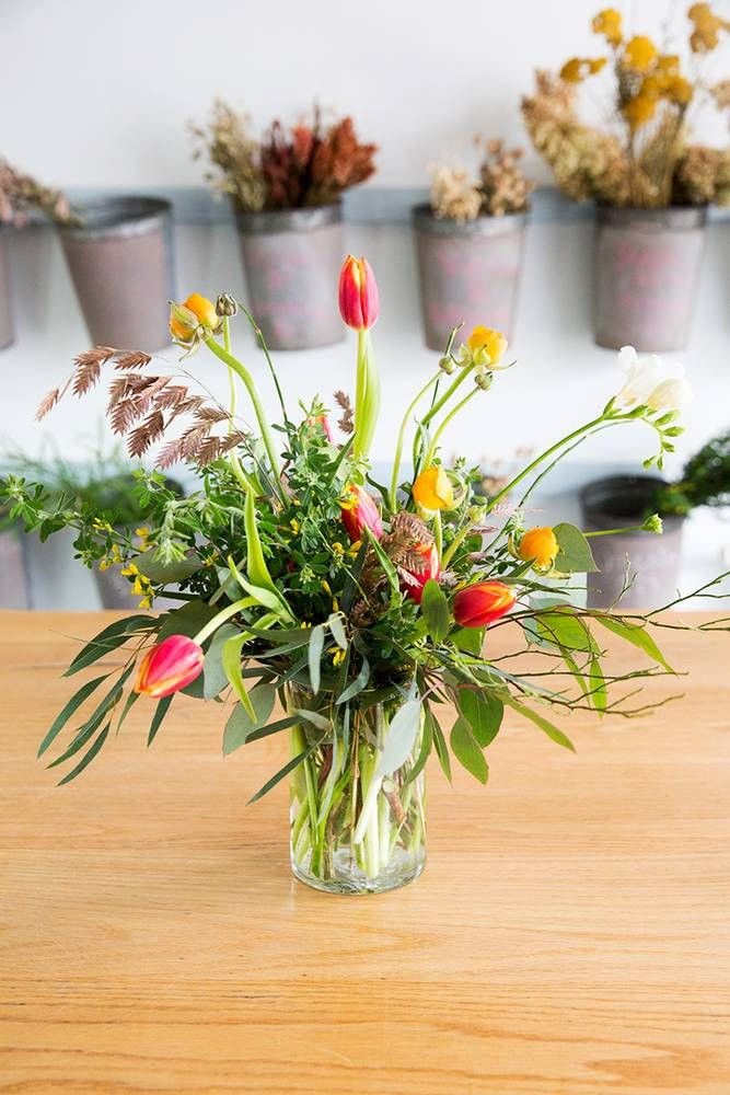 Easy Spring Centerpieces Brollop Pinterest Flowers
