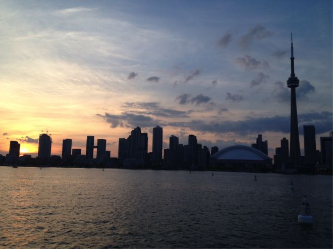 Sunset behind the Toronto skyline #sunset #Torontosunset