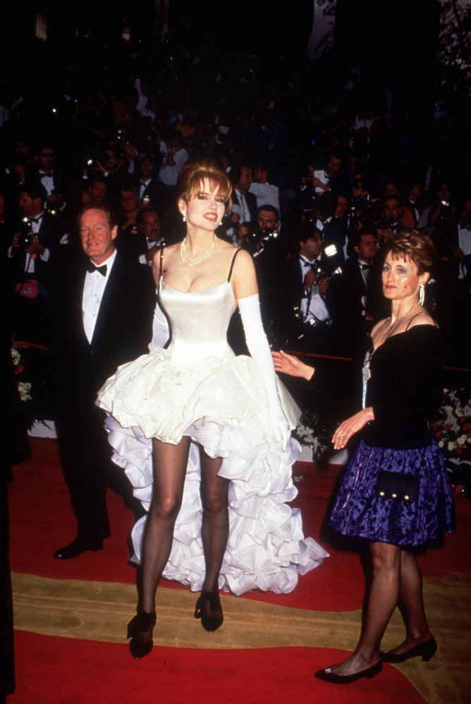 Worst Oscars Dresses We Hope We Don't See At The 2013 Academy Awards (PHOTOS)