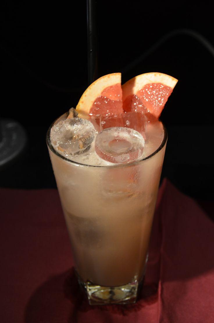 Absolut Vodka, creme de peche, ginger syrup, lemon, & grapefruit.