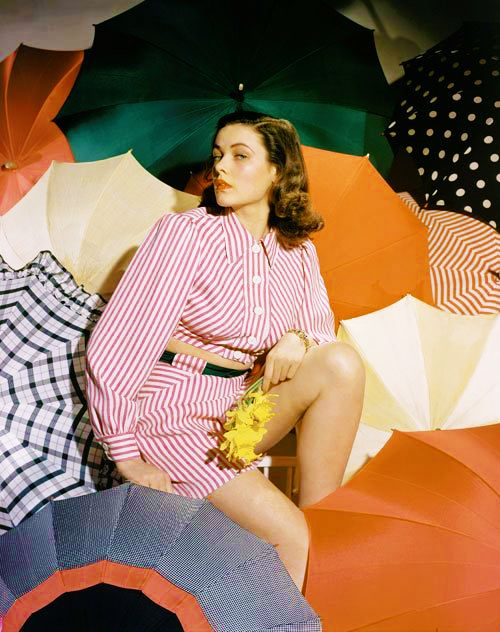 """vintagesonia:    Gene Tierney photographed for a Vogue spread while she starred on Broadway in """"The Male Animal"""" (1940)"""