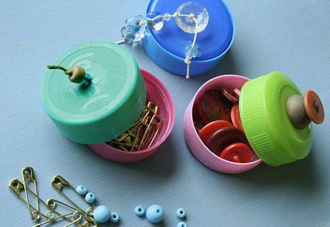 adorables petites boites en bouchons de bouteilles plastiques, génial !