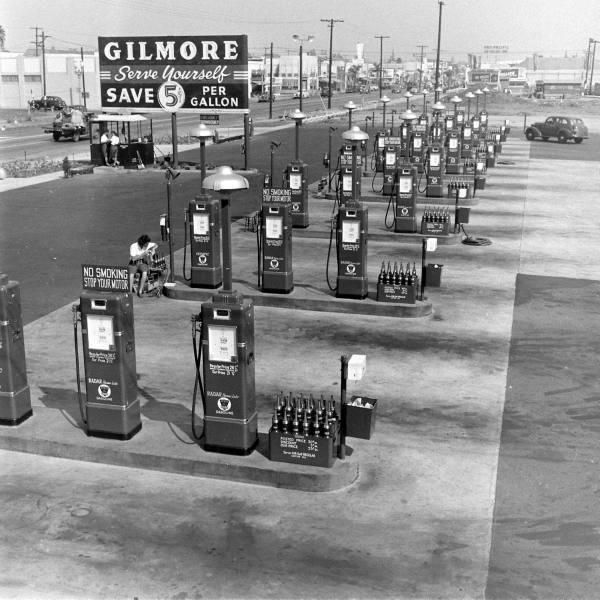 Car Dealerships From Past: 414 Best Images About Old Gas Stations And Cars On