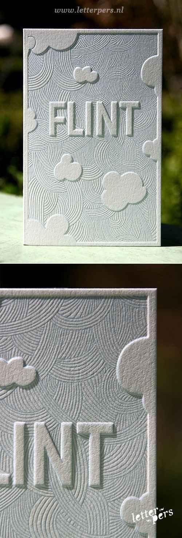 O puedes agregarle un poco de color a esta técnica para crear el efecto de sombra: