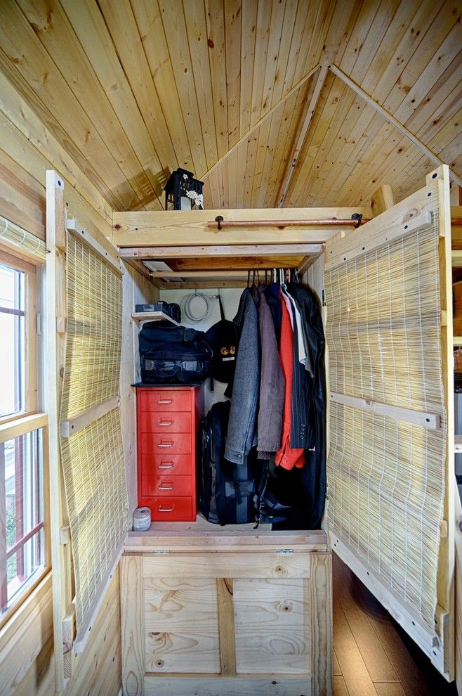 modern rustic closet idea in small size of Small Closet Organizers: Small Storage Solution for Apartment-Sized Houses
