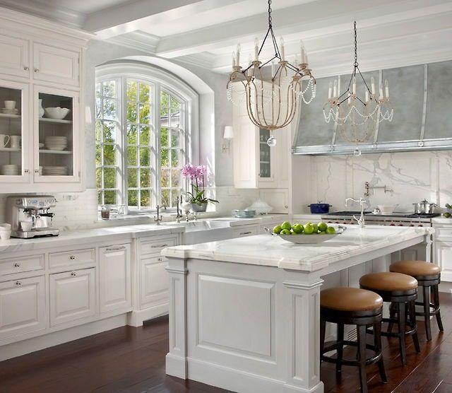 Kitchen Designs With Center Window: Best 25+ French Kitchens Ideas On Pinterest