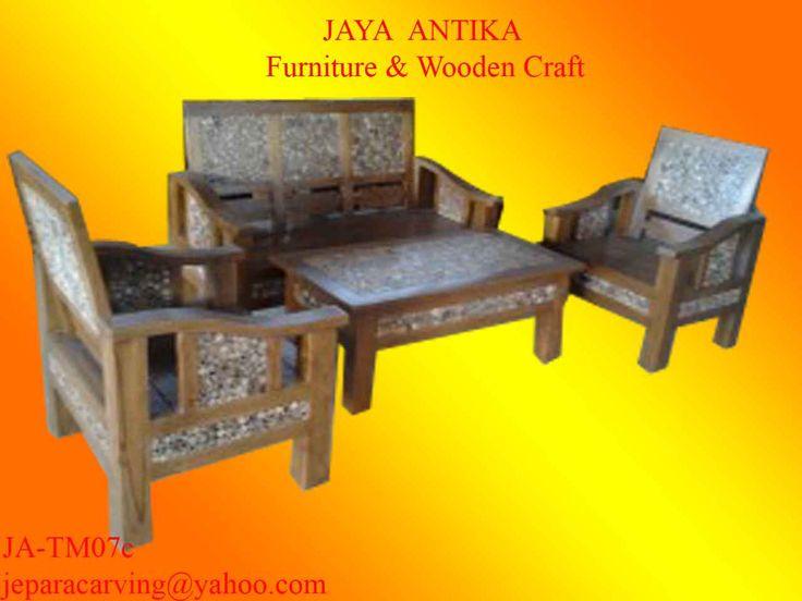Kode Barang : JA-TM07c Nama Barang : Set Meja Tamu 311 Koin Jati  Set meja Tamu 311 Koin Jati dari Jaya Antika terbuat dari kayu pilihan dan dikerjakan oleh tukang kayu profesional yang sudah berpengalaman dalam pembuatan mebel. Set meja Tamu 2