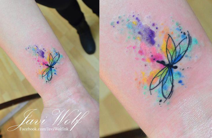 Libélula estilo Acuarelas by Javi Wolf - Tatuajes para Mujeres. Encuentra esta muchas ideas mas de Tattoos. Miles de imágenes y fotos día a día. Seguinos en Facebook.com/TatuajesParaMujeres!