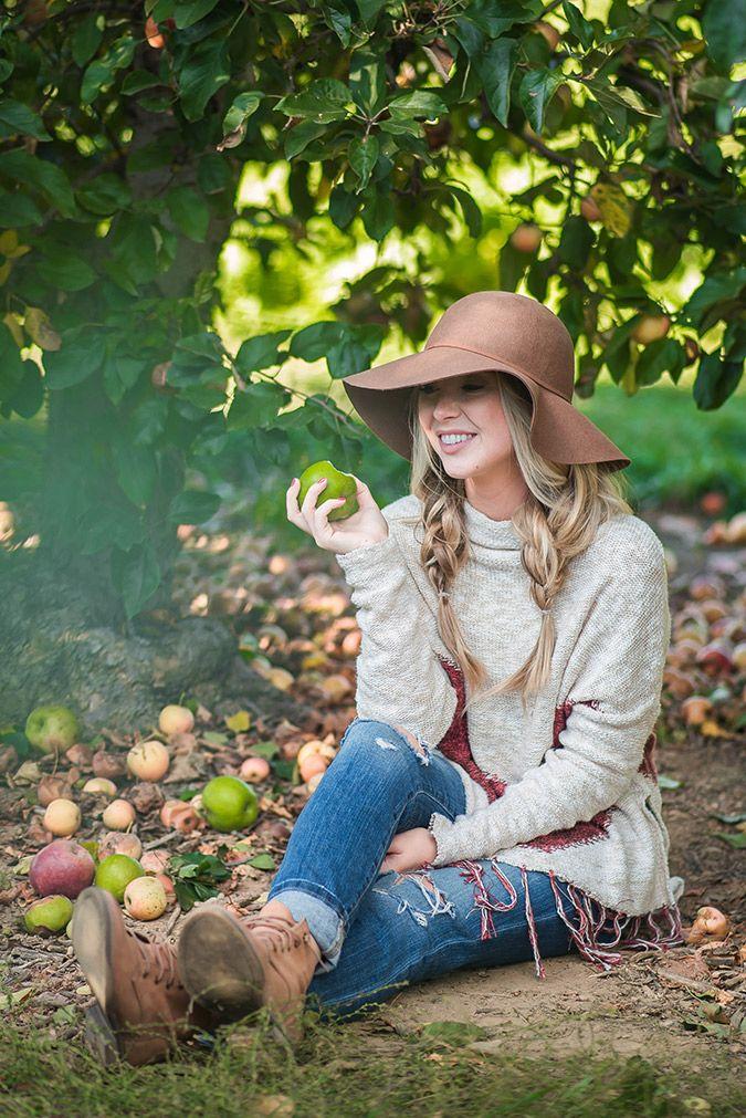 Chic of the Week: Anna Elizabeth's Apple Picking Attire