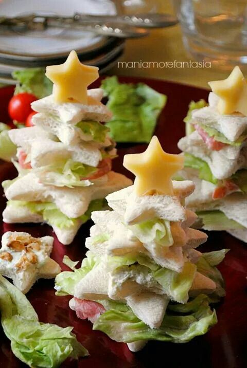 Sandwich christmas tree